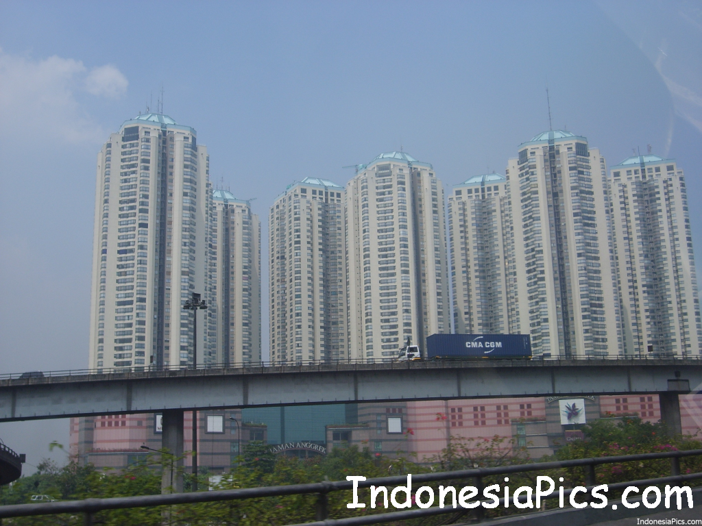 Foreigners Buying Properties in Indonesia